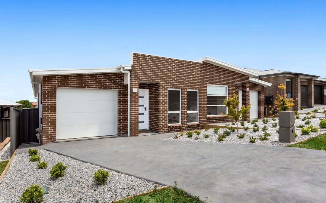 17 Bigwood Place, Goulburn  NSW  2580