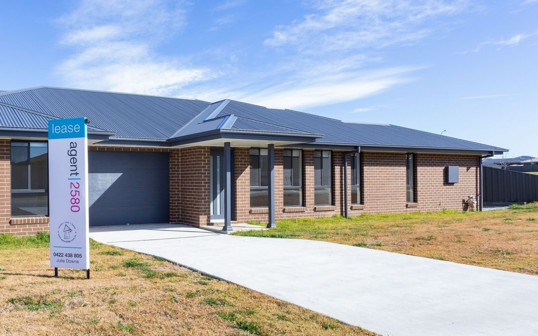 1 Fox Close, Goulburn  NSW  2580