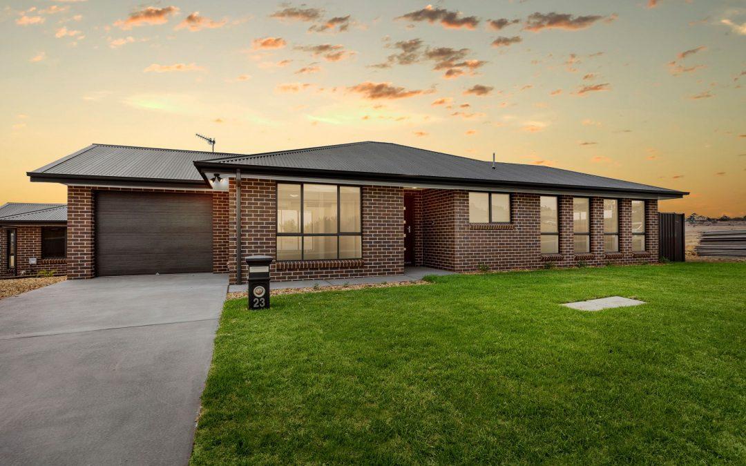 23 Kavanagh St, Goulburn  NSW  2580